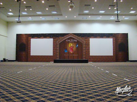 Backdrop com área para projeção laterais