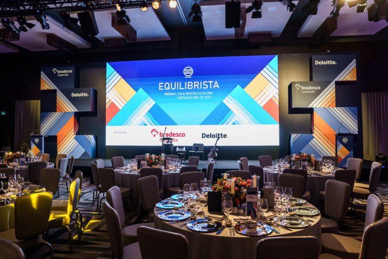 Fundo de placo, jantar corporativo, evento corporativo, plenaria, backdrop fundo de plenaria
